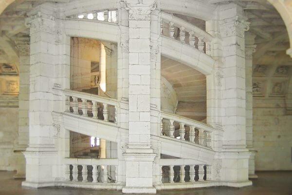 Leonardo Da Vinci Chambord helix staircase